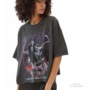 NWT AC/DC For Those About To Rock Boxy Tee L/XL